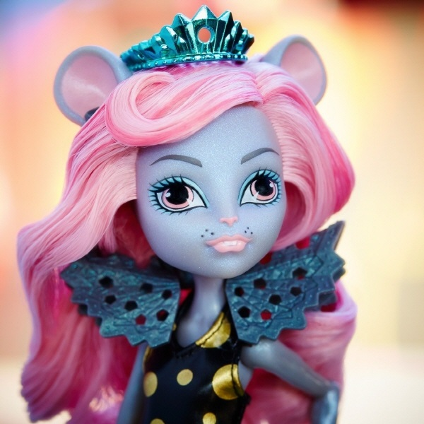 Rat King's Daughter Monster Dolls Review