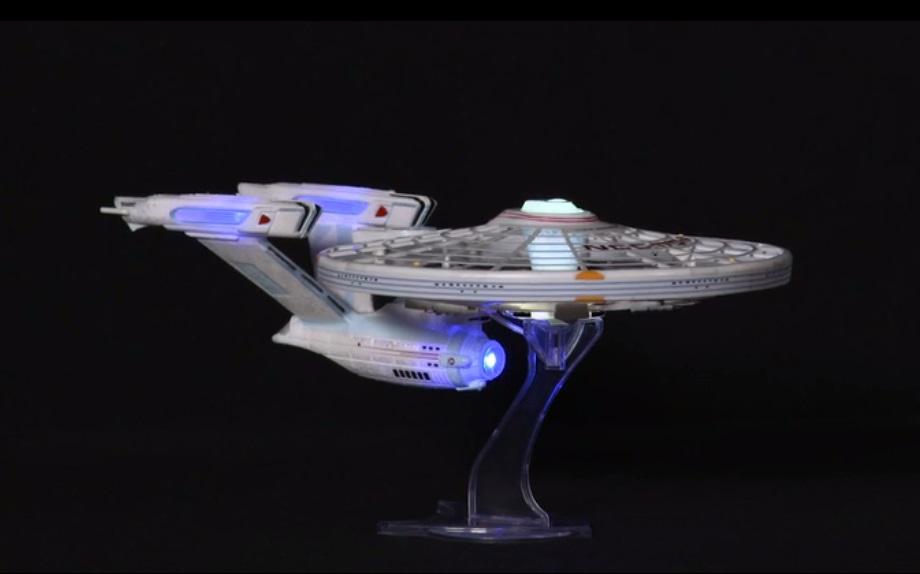 Spin Master Air Hogs Star Trek USS Enterprise Drone Review